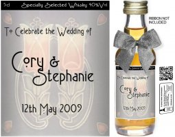 Personalised Miniature Wedding Favour Bottles | Label: 36